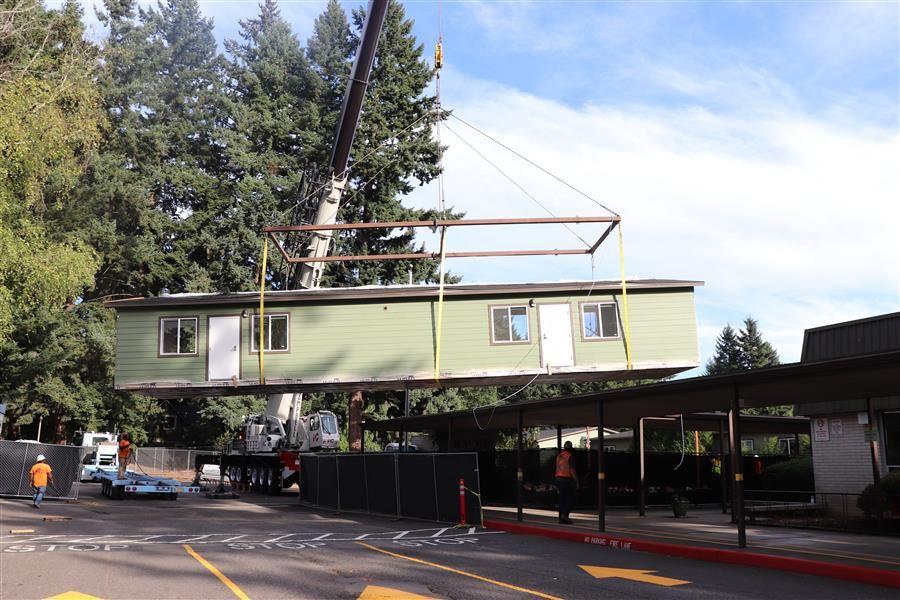 Modular that will house new Innovation Lab arrives!